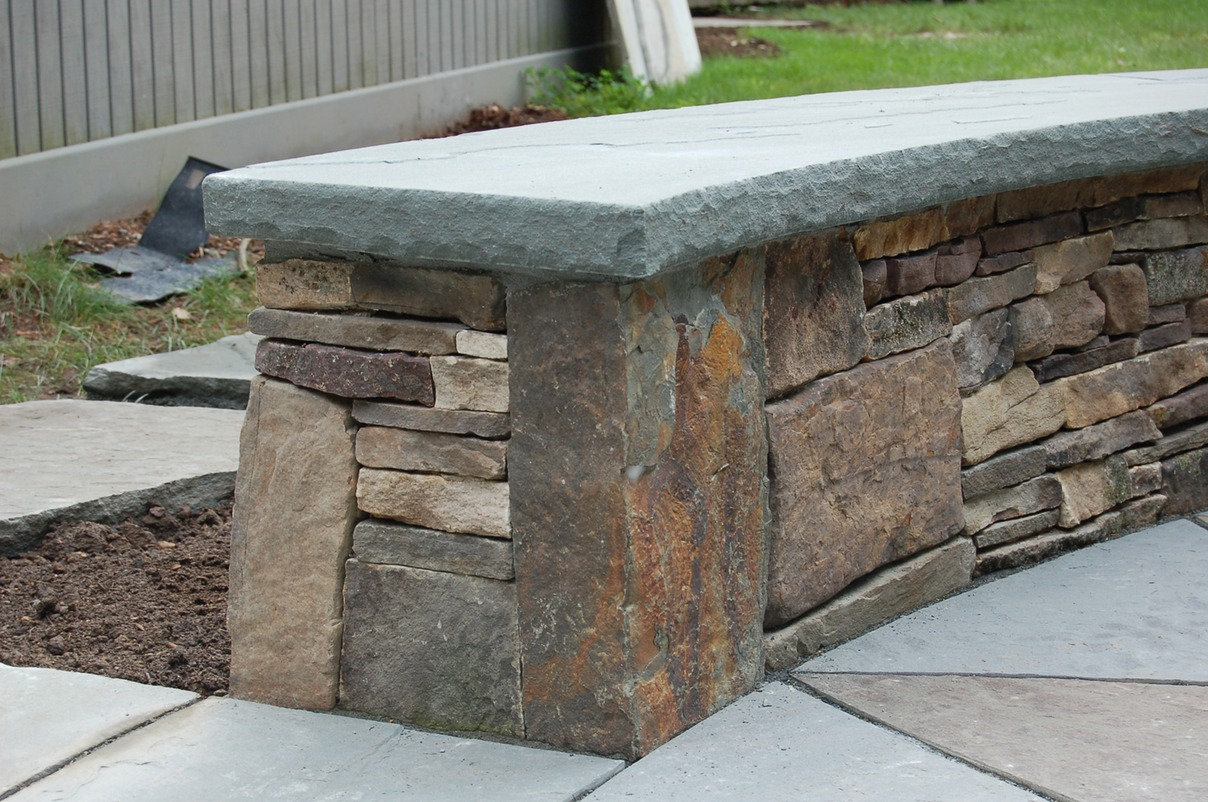 Fieldstone wall corner