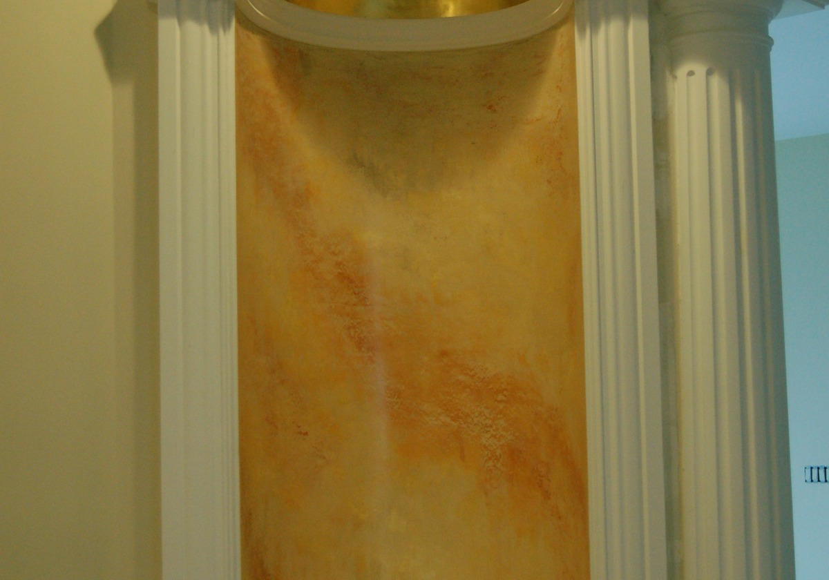 Venetian Plaster niche with 24k gilded dome